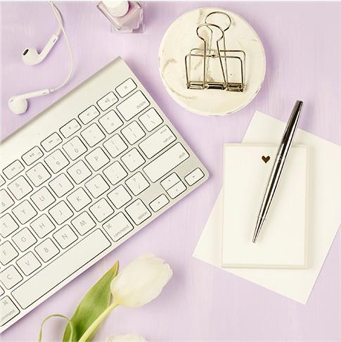 ¿Quieres convertirte en una Blogger a tiempo completo? graphic